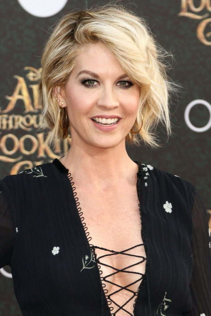 Jenna Elfman Workout Pics