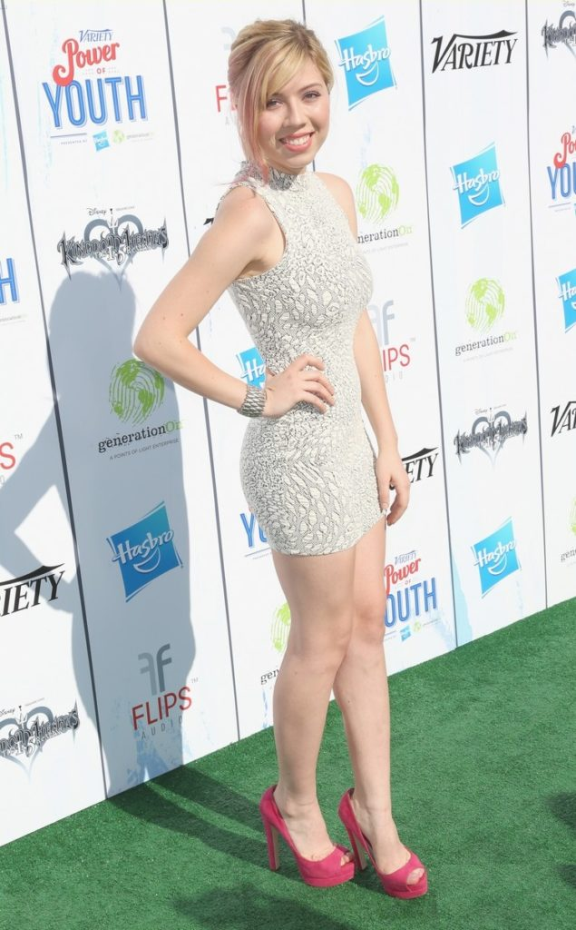Jennette McCurdy Thighs Pictures