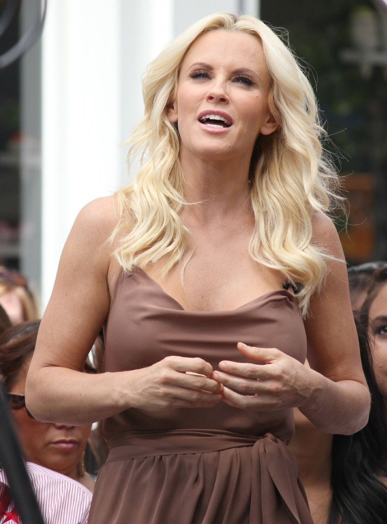 Jenny McCarthy Body Pictures