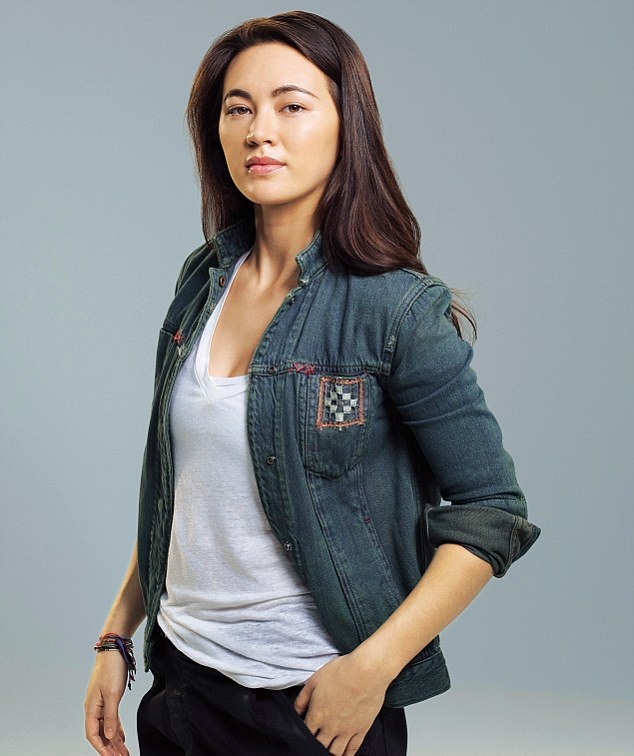 Jessica Henwick Jeans Pictures