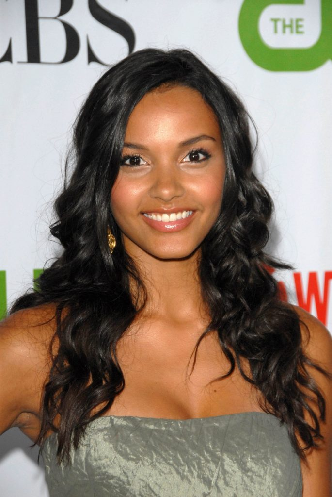 Jessica Lucas Long Hair Pictures