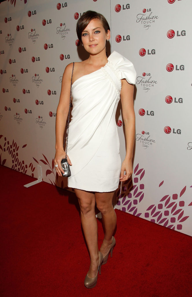 Jessica Stroup Bold Images
