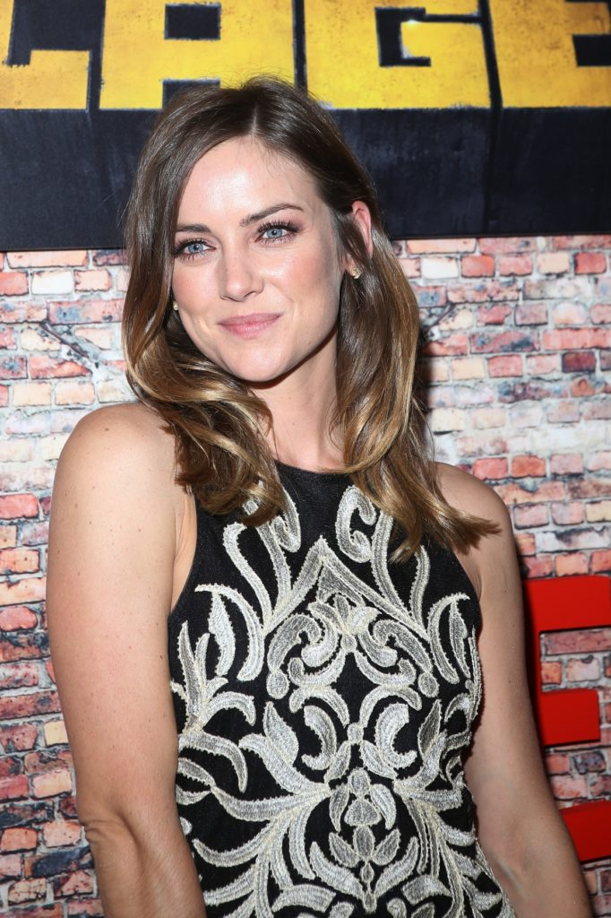 Jessica Stroup Leggings Wallpapers