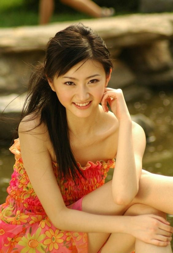Jing Tian Bathing Suit Images
