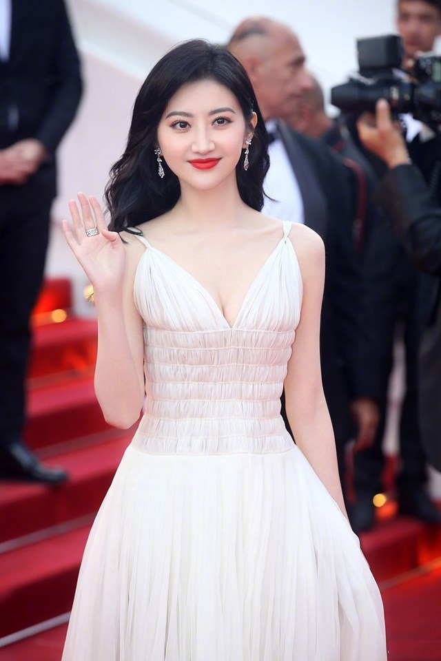 Jing Tian Topless Images