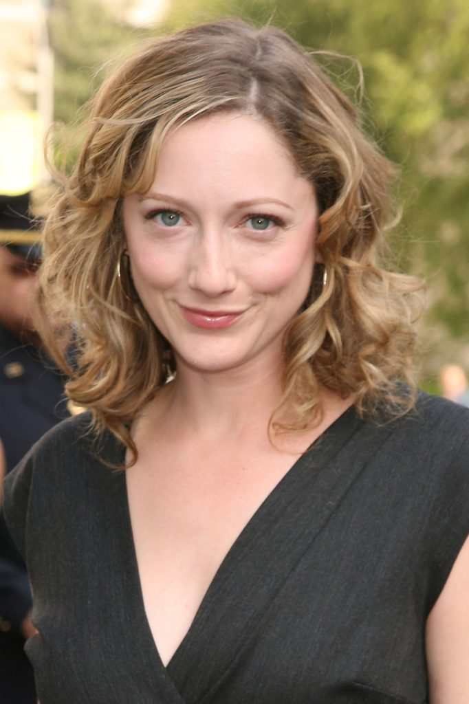 Judy Greer Braless Pictures