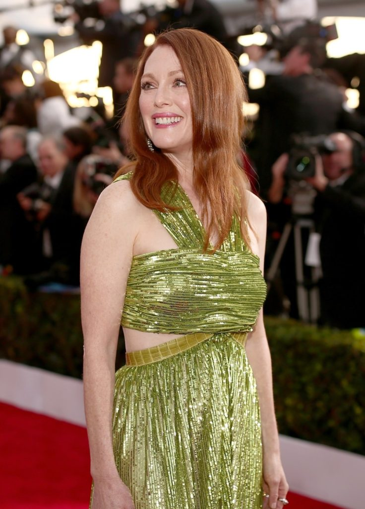 Julianne Moore Bra Images