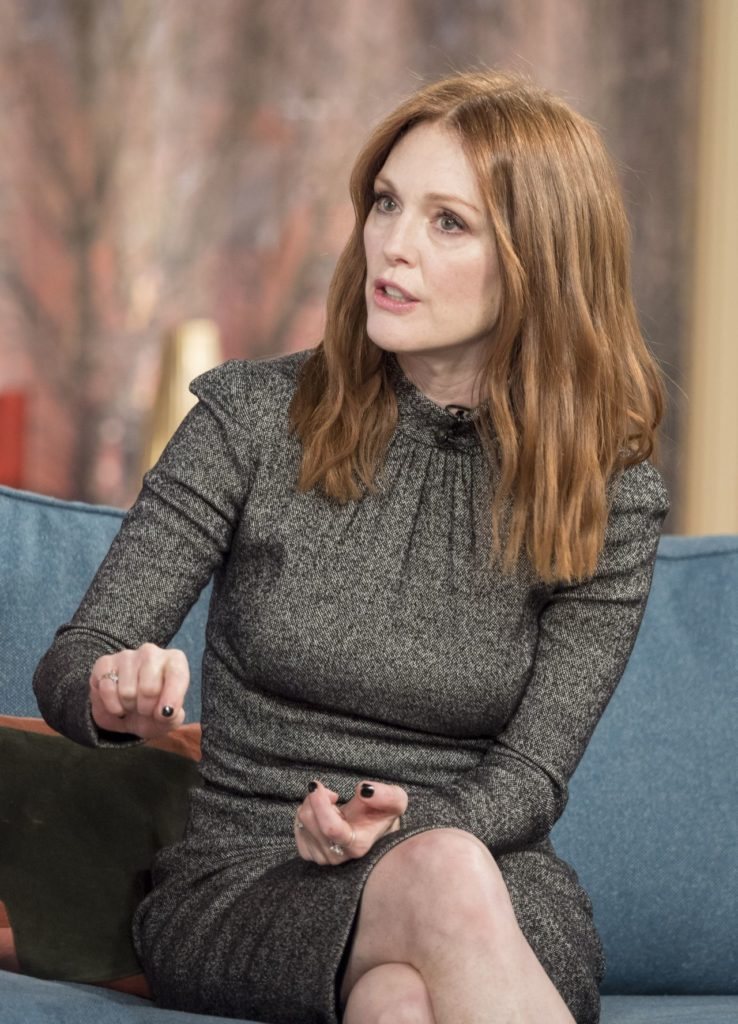 Julianne Moore Hot Pics Gallery