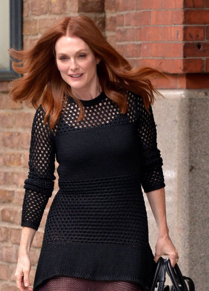 Julianne Moore Muscles Images