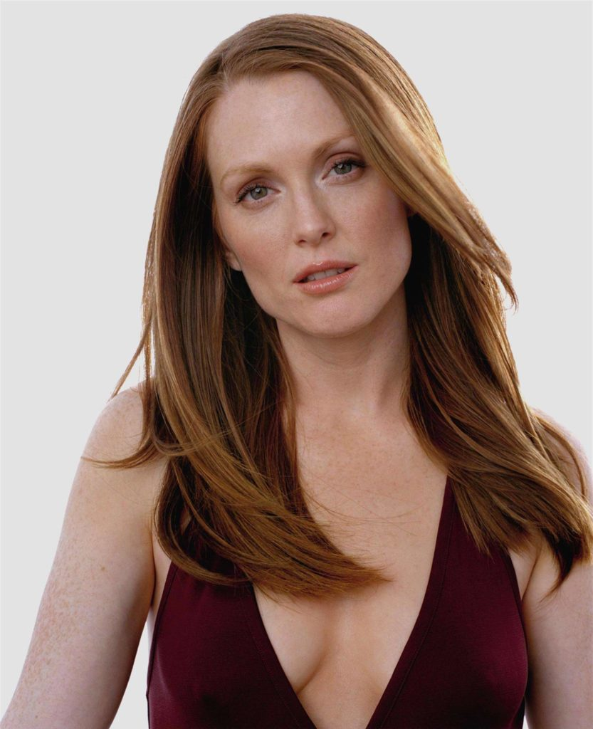Julianne Moore Oops Moment Photos
