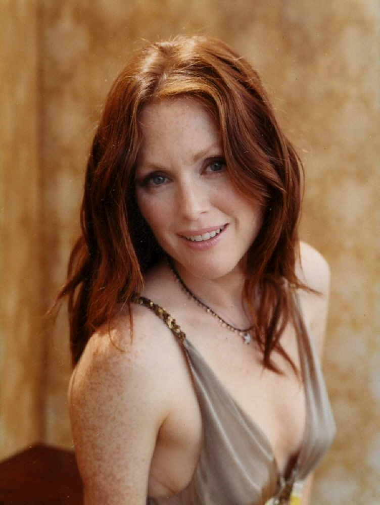 Julianne Moore Without Makeup Photos