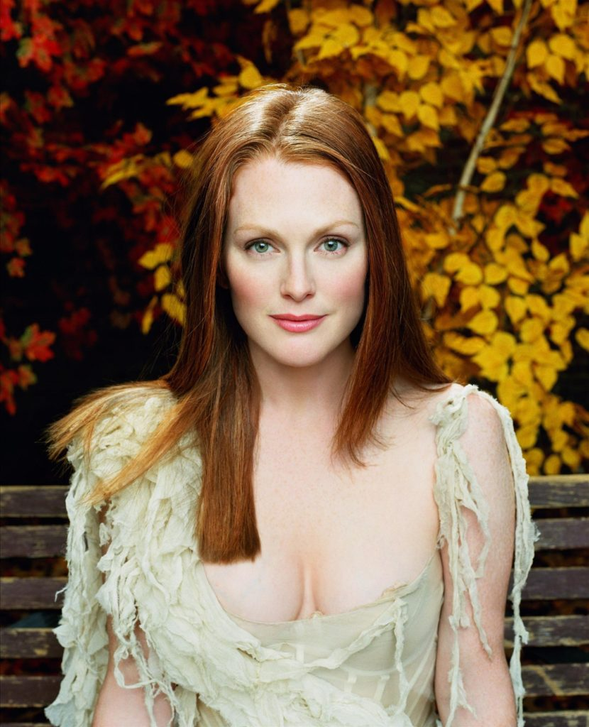 Julianne Moore Working Out Wallpapers