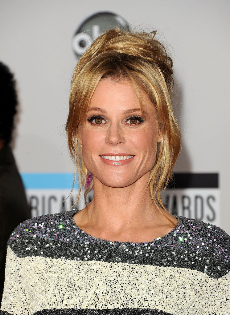 Julie Bowen Smile Face Photos