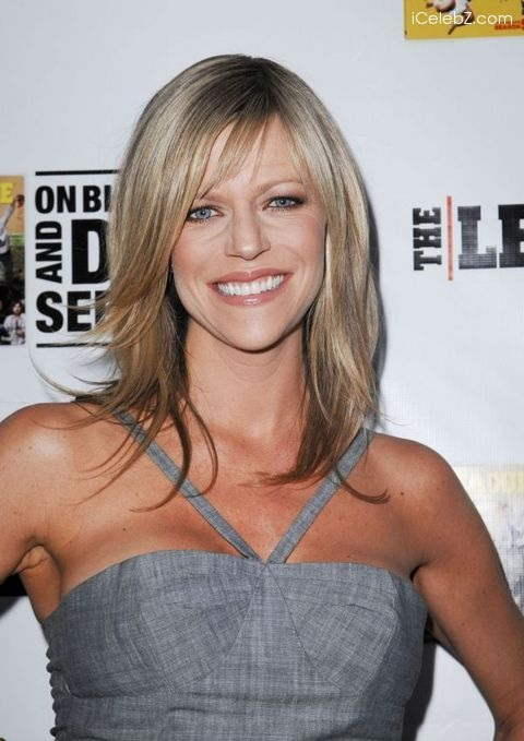 Kaitlin Olson Bathing Suit Photos