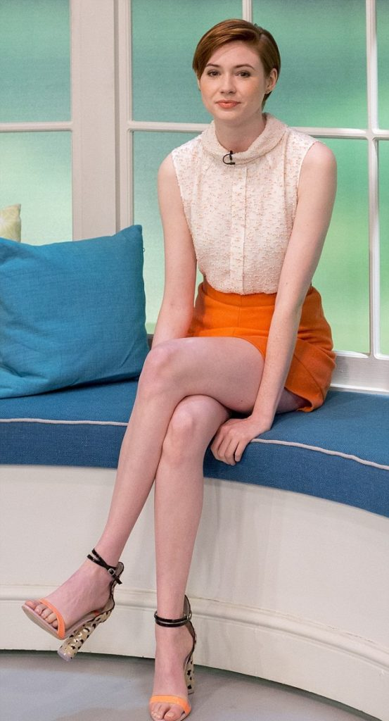 Karen Gillan Thighs Wallpapers