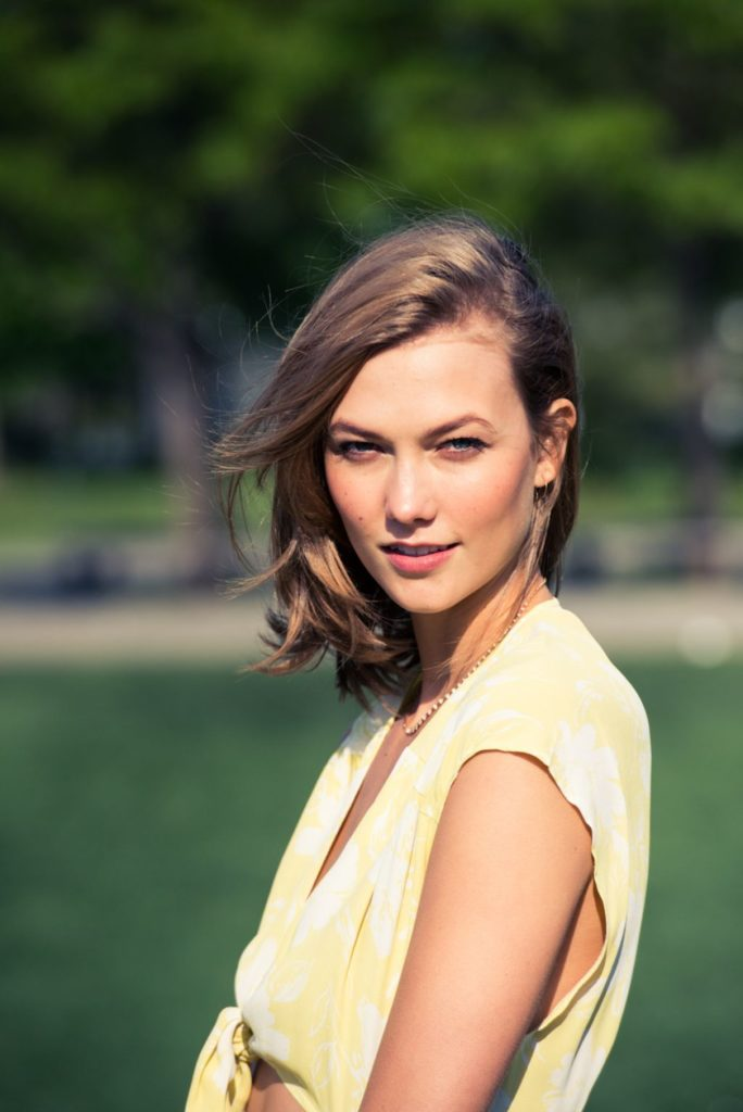 Karlie Kloss Oops Moment Pics