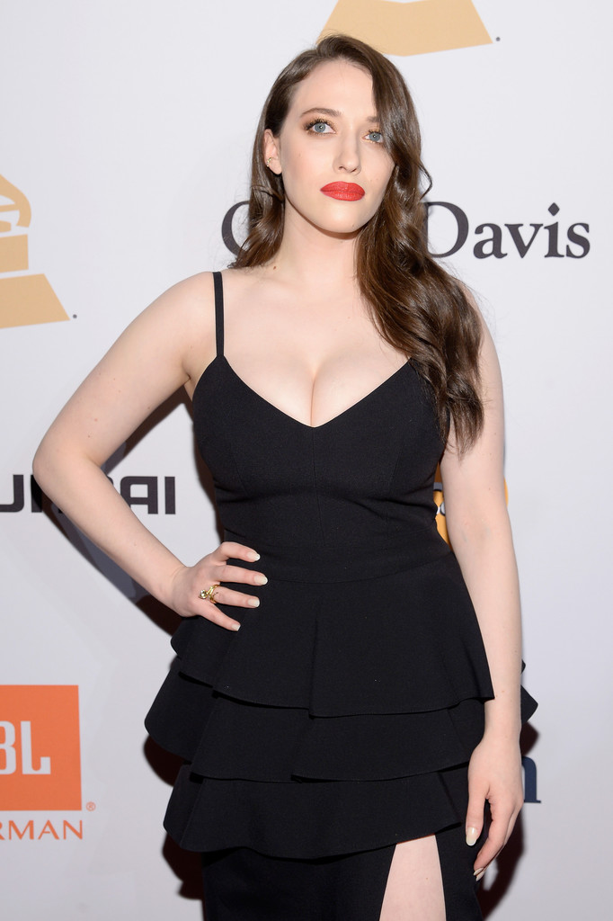 Kat Dennings Butt Wallpapers
