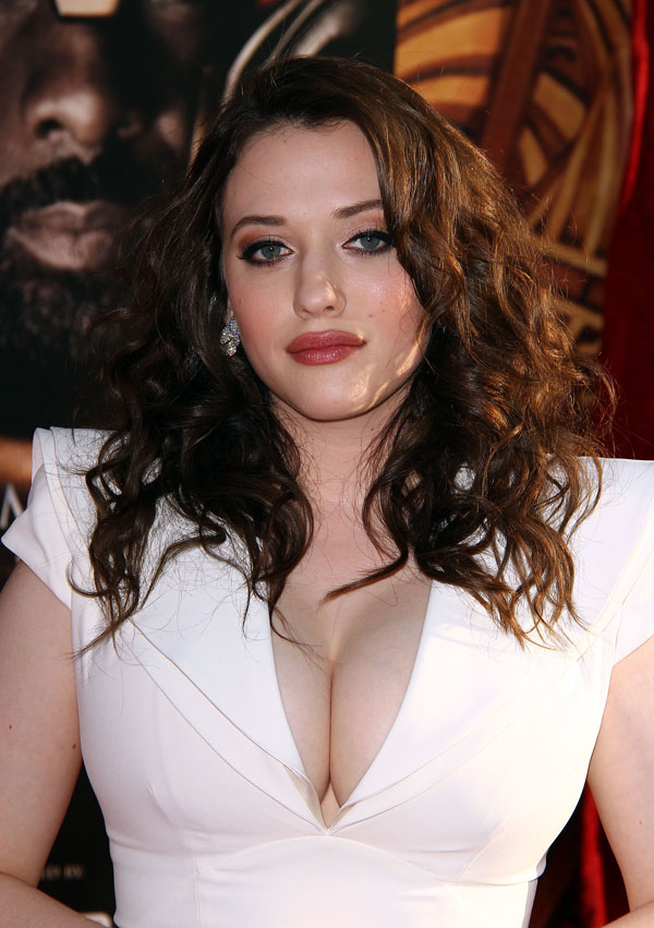 Kat Dennings Smile Face Photos