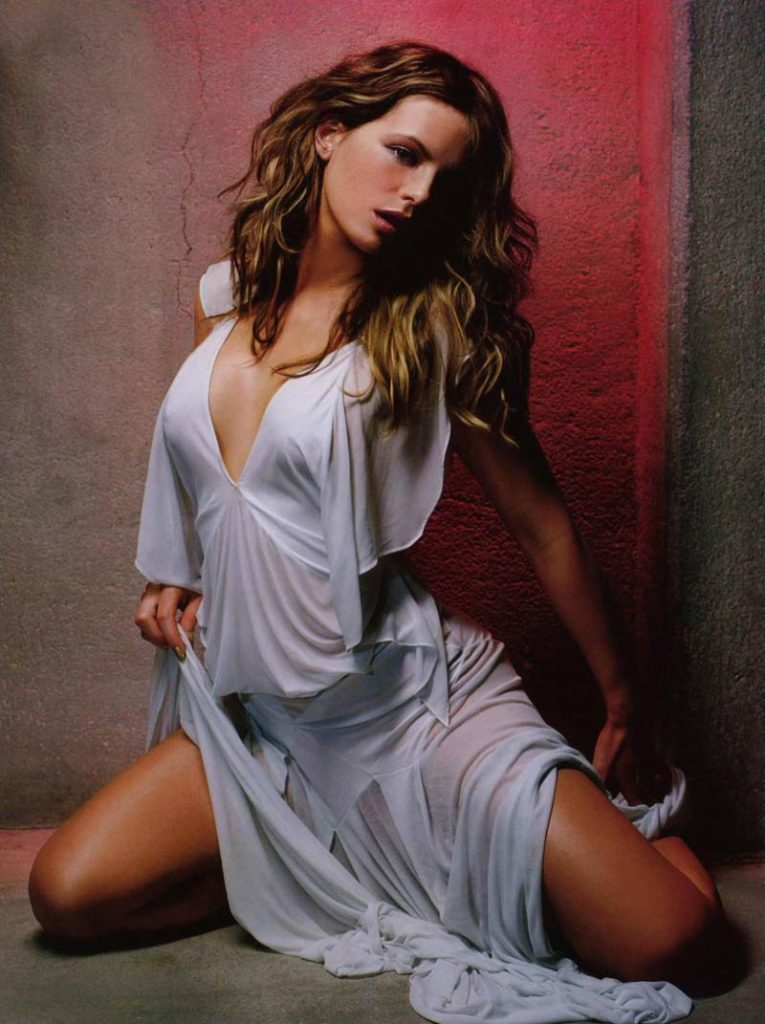 Kate Beckinsale Bathing Suit Images