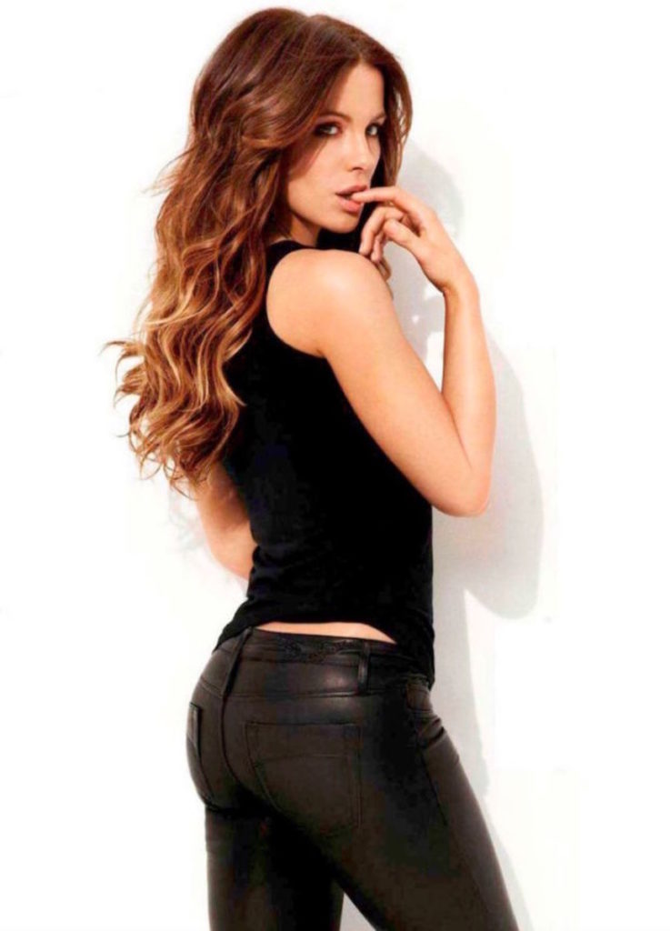 Kate Beckinsale Butt Wallpapers
