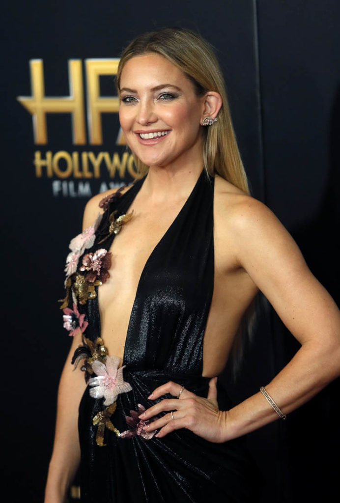 Kate Hudson Oops Moment Photos