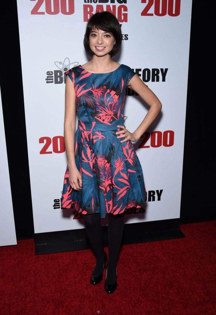 Kate Micucci Smileing Pictures