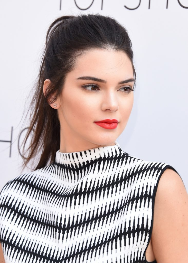 Kendall Jenner Smile Face Images