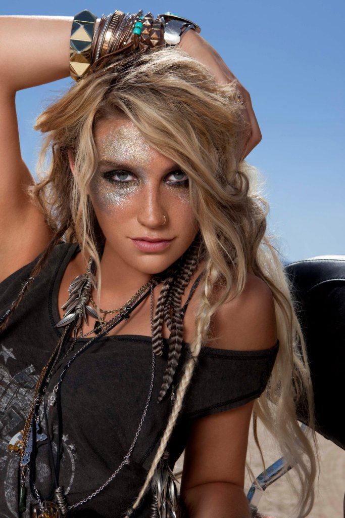 Kesha Leaked Pictures