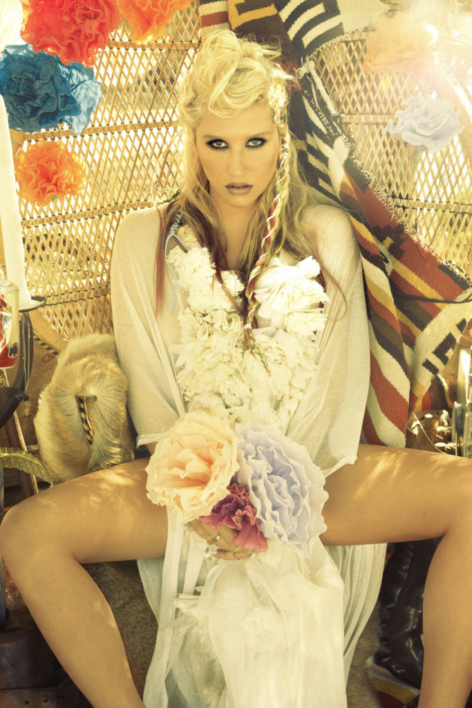 Kesha Thighs Pictures