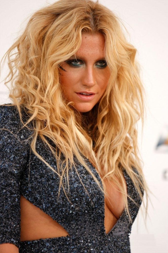 Kesha Topless Pictures