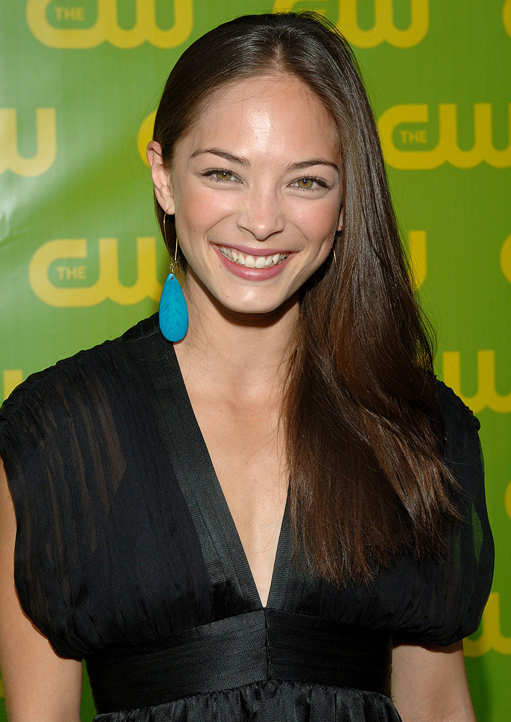 Kristin Kreuk Hair Style Pictures