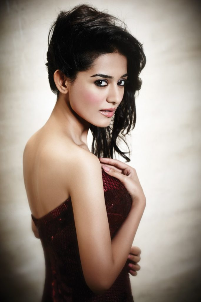 Amrita Rao Backless Pictures