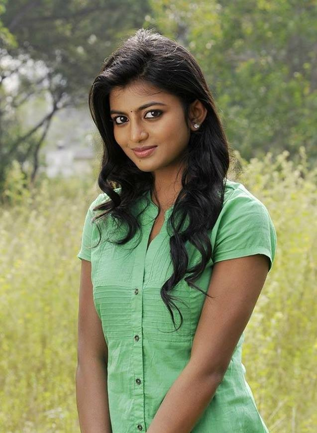 Anandhi Pictures
