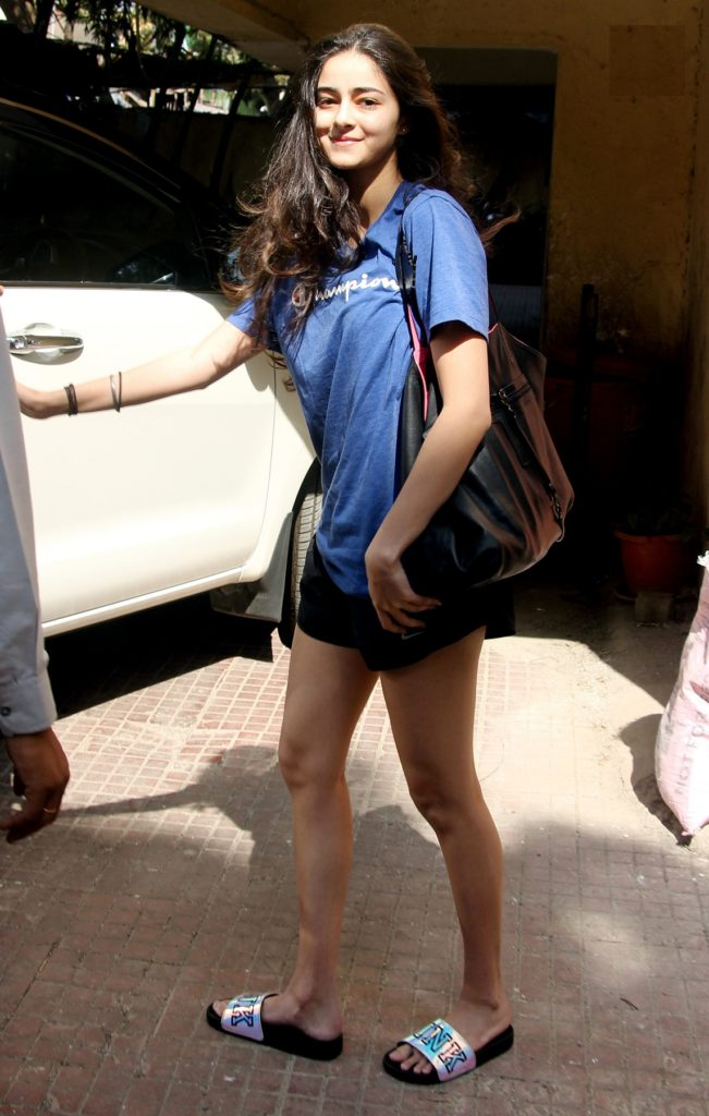 Ananya Pandey Feet Pictures