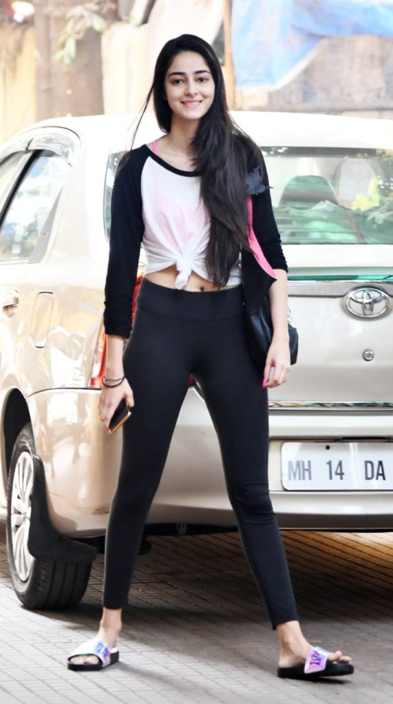Ananya Pandey Hot Pictures