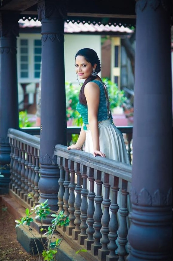 Anasuya Bharadwaj Hot Pictures
