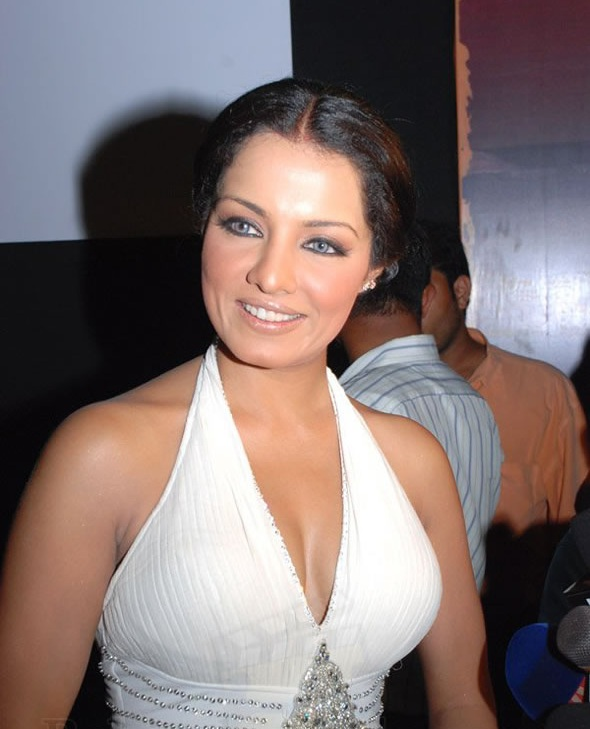 Celina Jaitley Hot Sexy Pictures