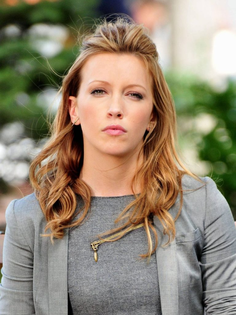 Katie Cassidy Cute Wallpapers