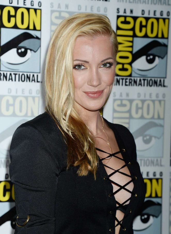 Katie Cassidy Smile Face Wallpapers