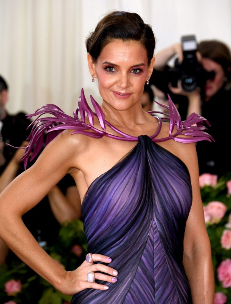 Katie Holmes Muscles Pics