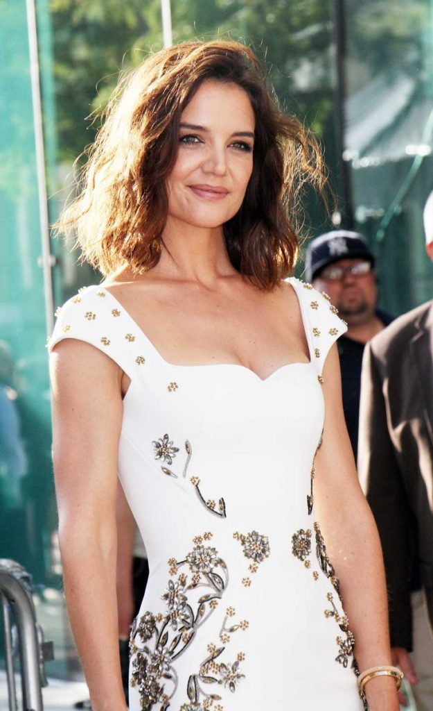 Katie Holmes Oops Moment Images
