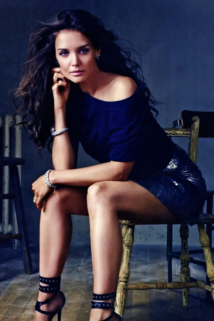 Katie Holmes Thighs Wallpapers