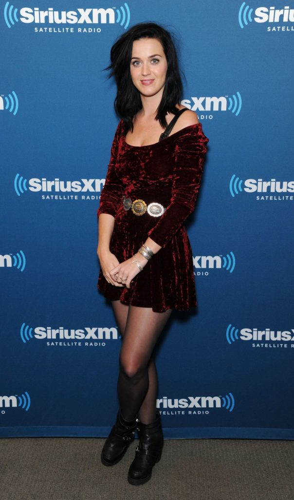 Katy Perry Legs Pictures