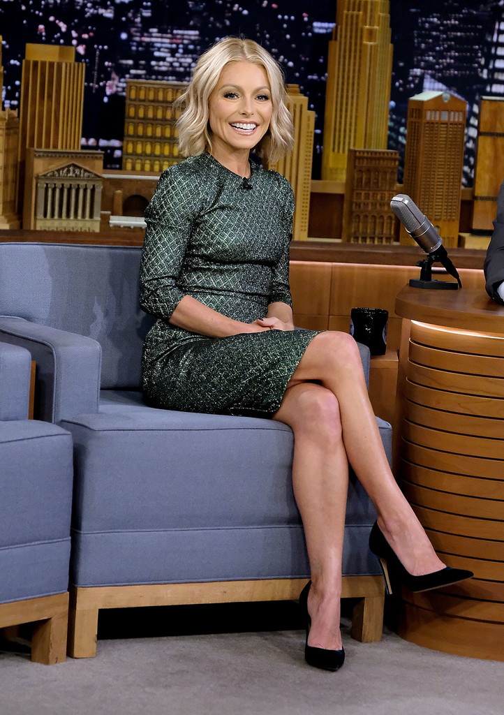 Kelly Ripa Feet Pics