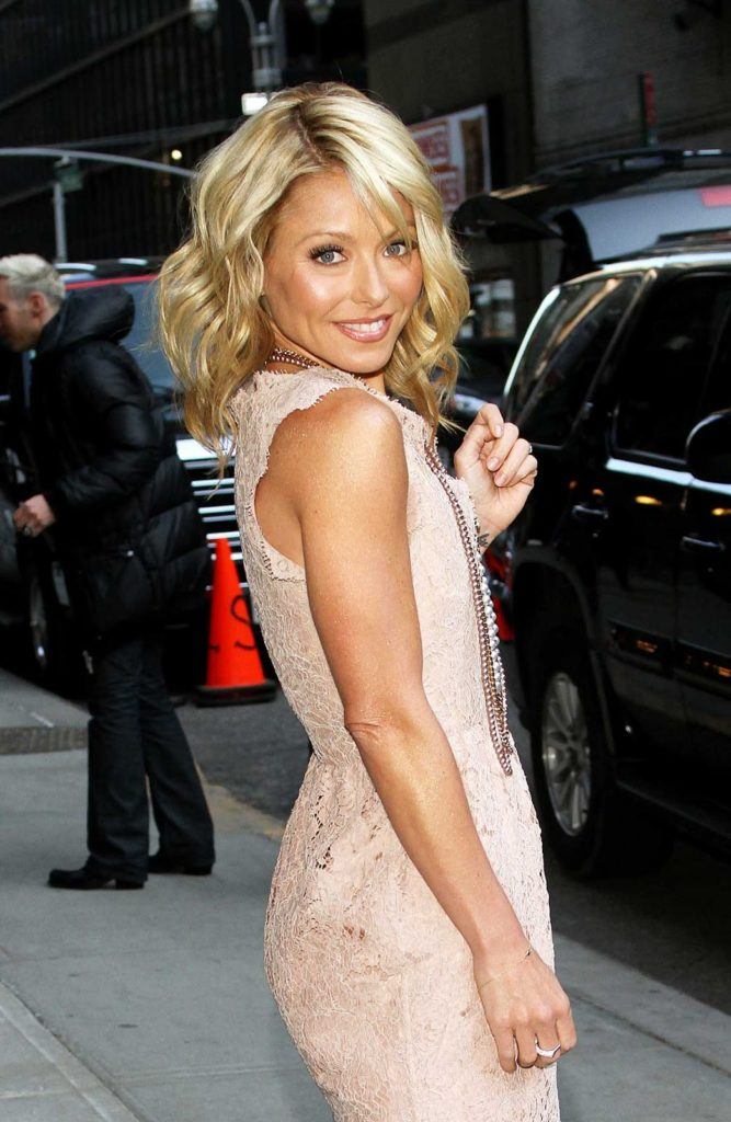 Kelly Ripa Images