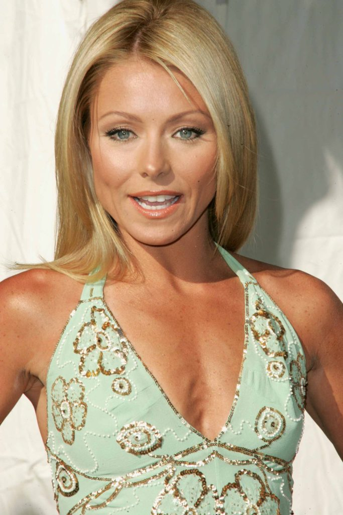 Kelly Ripa Leaked Images