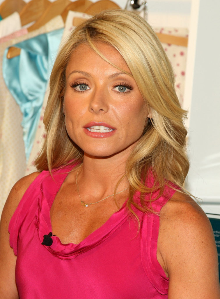 Kelly Ripa Pictures