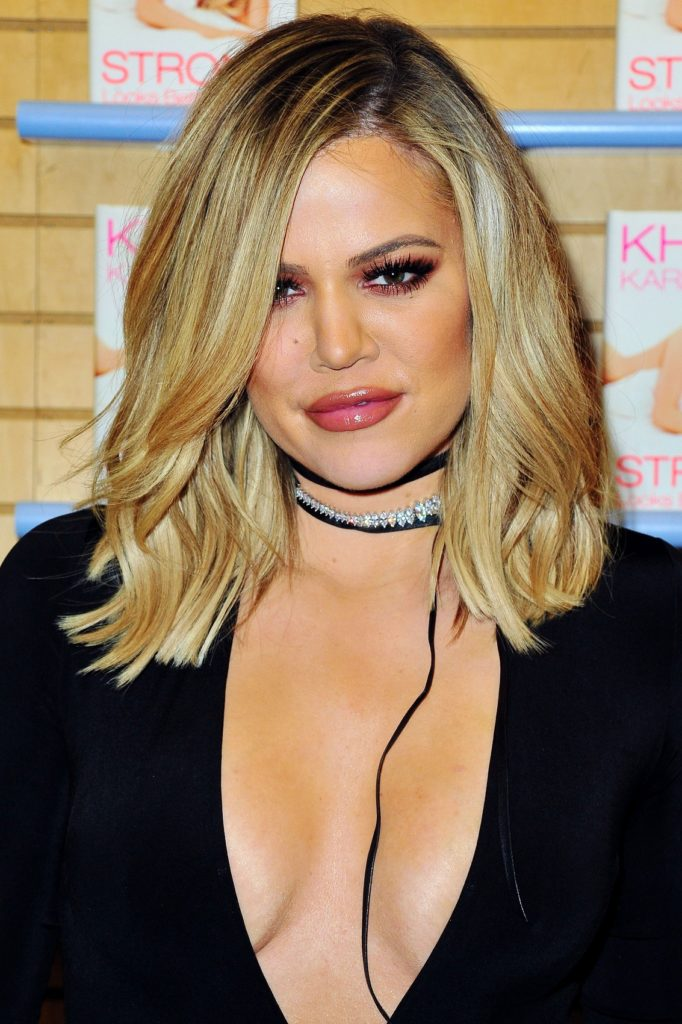 Khloé Kardashian Boobs Wallpapers