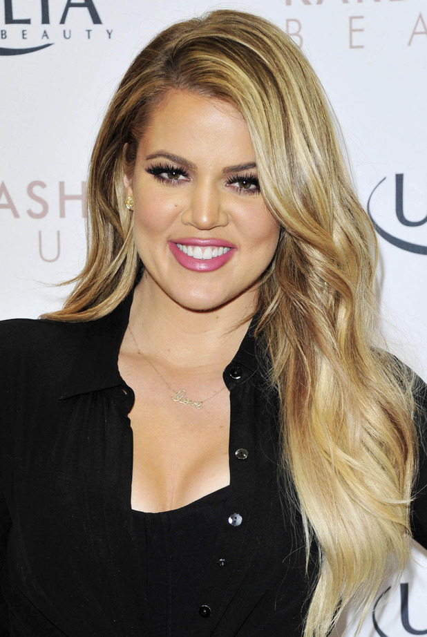Khloé Kardashian Cute Wallpapers