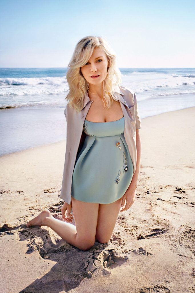 Kirsten Dunst Beach Wallpapers